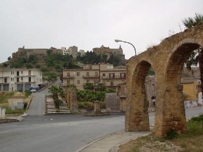 Roman aqueduct Sambuca