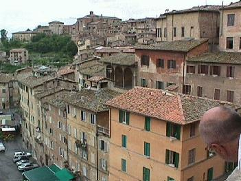 A look at various buildings located in Siena
