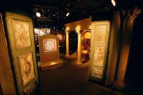 Ancient Basilica, Vatican Splendors